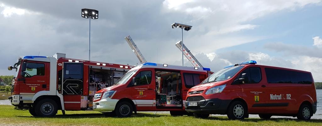Übergabe der neuen Feuerwehr in Pinnow – Dezember 2015